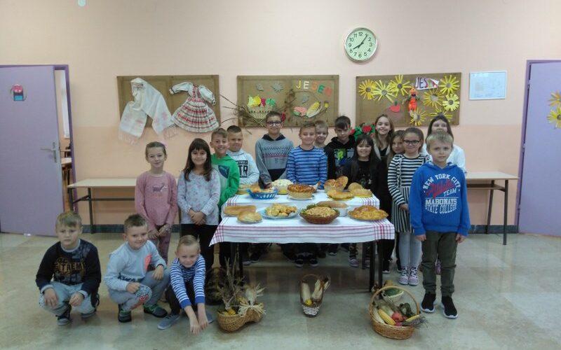 Dan kruha i zahvalnosti za plodove zemlje u PŠ Stružec